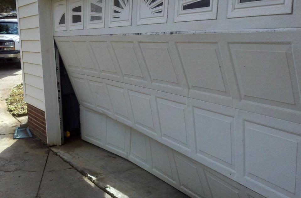 Garage Door Repair in Venice CA